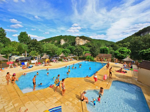 The Aquatic Area Of The 3 Star Campsite La Bouysse Includes A Heated  Infinity Pool And A Paddling Pool. Kids And Adults Alike Can Have Fun,  Relax And Cool ...