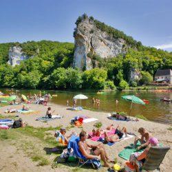 camping bord de rivière dordogne baignade
